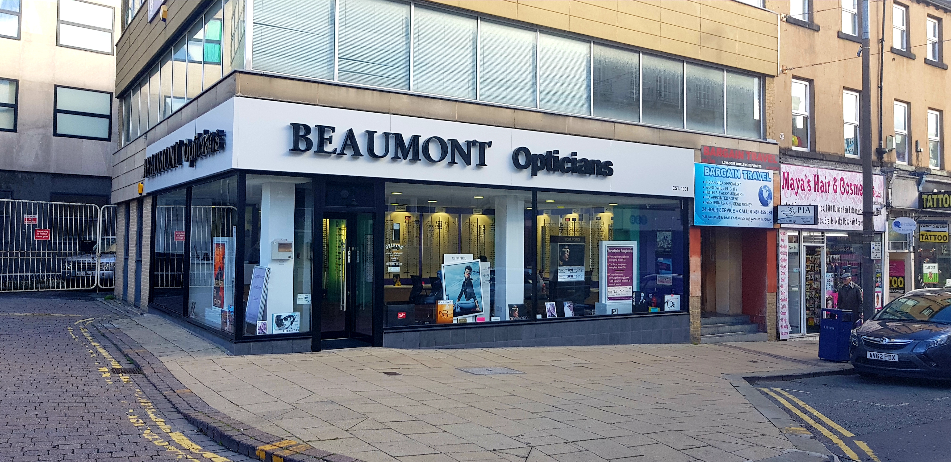 Shopfitting by Millerbrown at Beaumont Opticians
